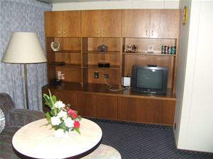 China Regal Cruises' Deluxe Suite